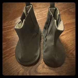 Old Navy Brown Booties Size 3